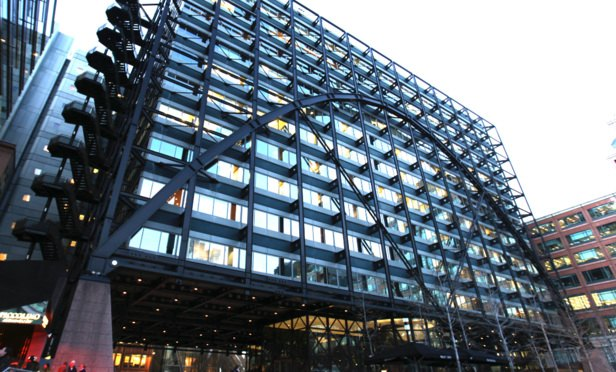 Herbert Smith Freehills hikes City NQ salaries to £90k