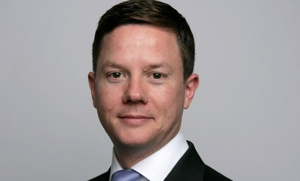 Allen & Overy returns to Simmons for two more IP partners