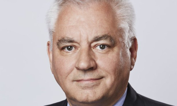 DWF secures trophy hire of former DLA Piper head Sir Nigel Knowles as chairman