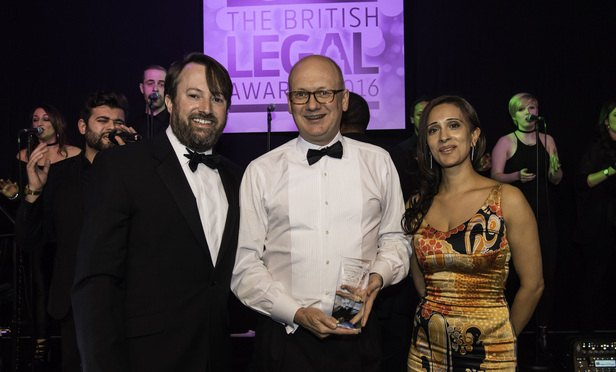 22. M&A Team of the Year (Large Deal)-Article-201612070518