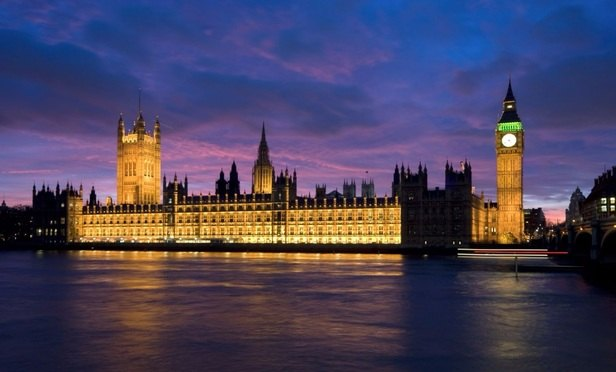 A&O refuses to hand over 2016-17 partnership gender pay gap data to MPs
